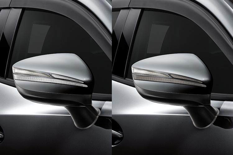 Door Mirror Garnish (Light Chrome, Dark Chrome) ราคาขาย (ไม่รวม VAT) 400 บาท