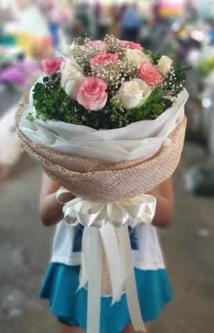 ร้านส่งช่อดอกไม้ใกล้ฉันคลองหลวง