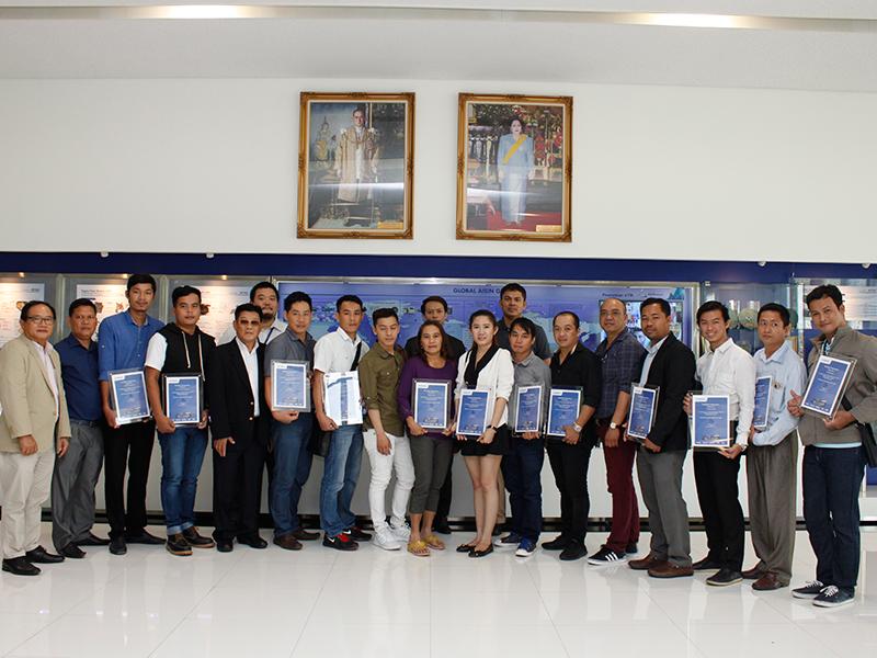 พาลูกค้าเยี่ยมชมโรงงาน Aisin Thai Automotive Casting Co., Ltd. (ATAC) วันที่ 9 พฤศจิกายน 2559