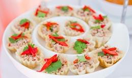 กระทงทอง ไส้ทูน่ายำ / Crispy Cup with Tuna Salad