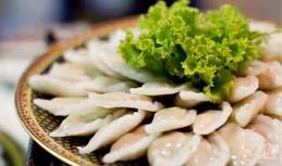 ขนมปั้นขลิบนึ่งไส้ปลา / Thai Fish Dumpling