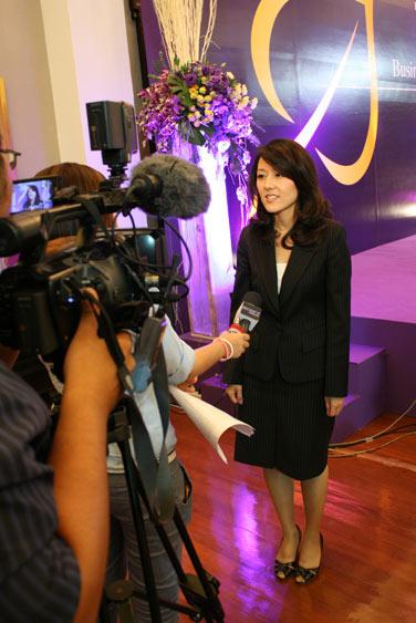 """สีไดโน รับรางวัลเกียรติยศ """"Bai Po Awards by Sasin 2010"""""""